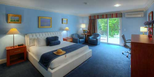 Extra Deluxe Room Pleasant Bay Village Resort Chatham Massachusetts