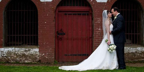 Wedding Red Door 500x250 - Harbor Light Inn - Marblehead, MA - Photo Credit Melissa Coe