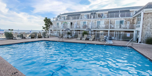 Oceanside Pool - Innseason Resort Captains Quarters - Falmouth, MA