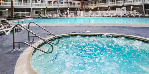 Outdoor Pool & Jacuzzi - Cove at Yarmouth - West Yarmouth, MA